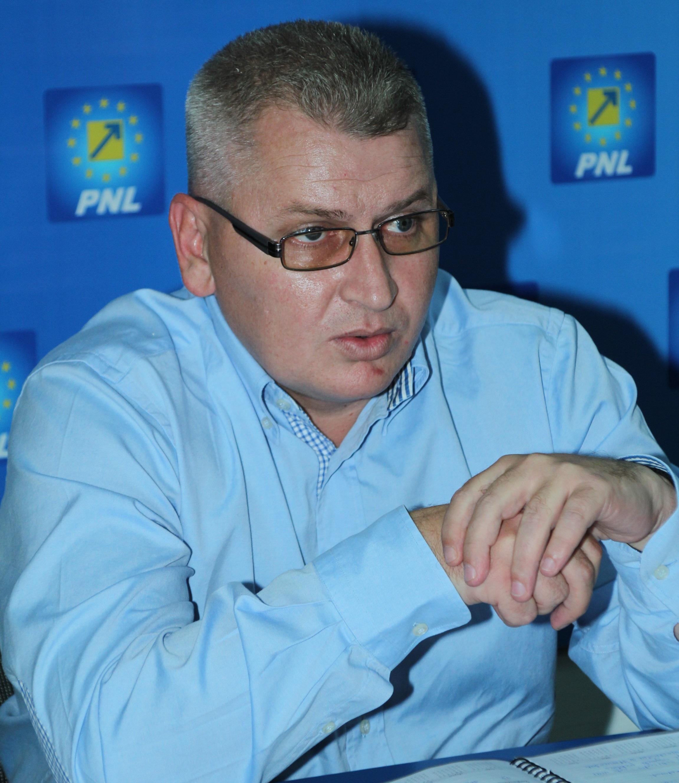 Florin Roman, favorit în cursa electorală pentru Primăria Alba dacă Mircea Hava va deveni eurodeputat